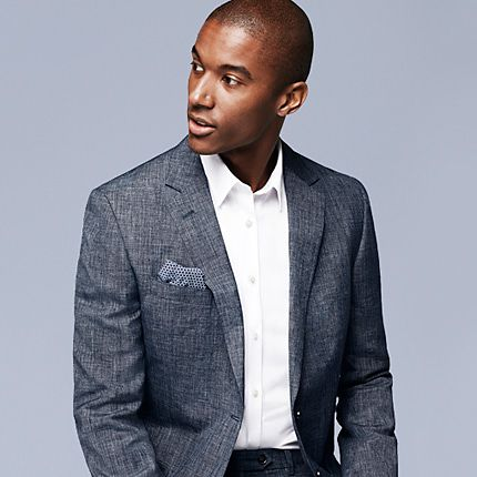 Man wearing blue linen blazer